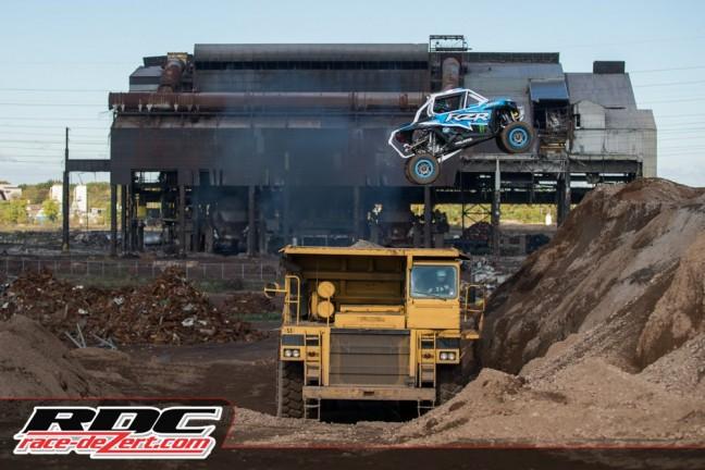 xp1k3-truck-jump-mad-media-ea-04